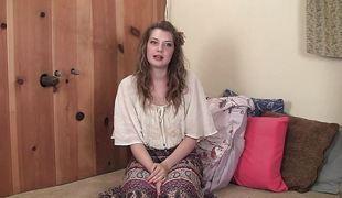 Evalina discusses masturbation, orgasms & cumming.