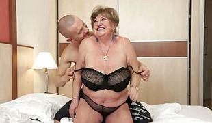 Granny margitta gets fringed cunt drilled hard